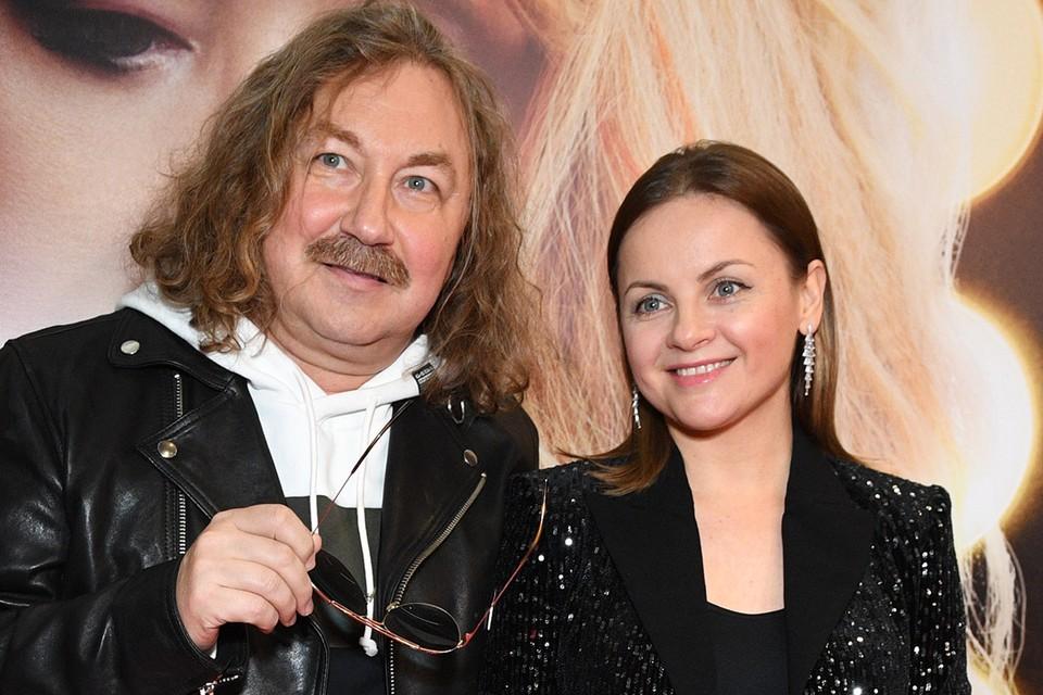 Игорь Николаев с супругой Юлией Проскуряковой.