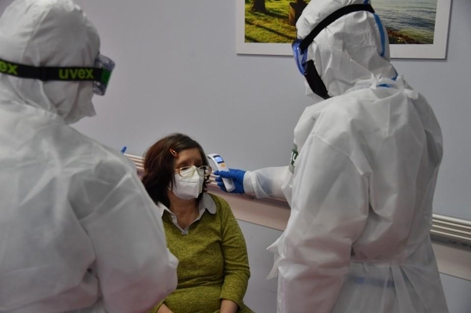 Число новых случаев заражений коронавирусом постепенно снижается.