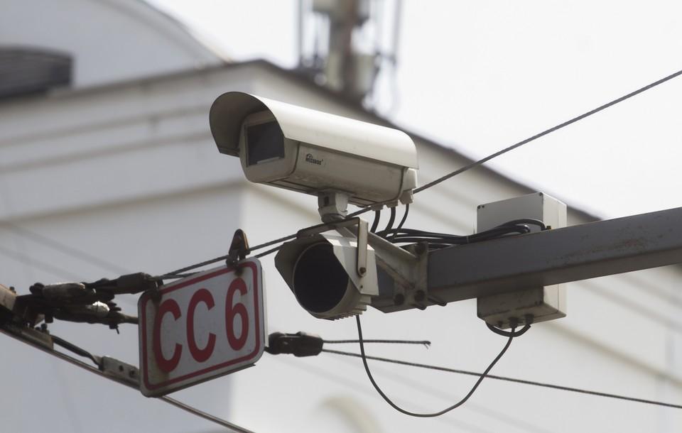 Решить проблему смертности на дорогах помогают камеры фиксации нарушений правил дорожного движения.