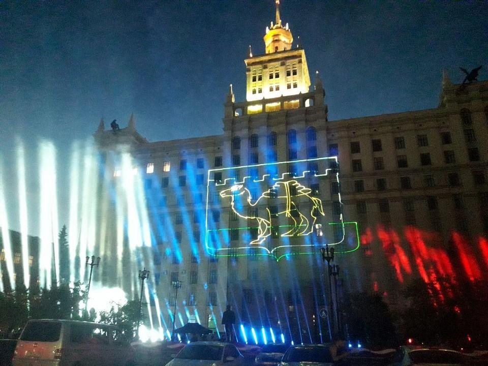 Лазерное шоу устроили на фасаде ЮУрГУ