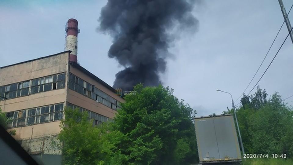 Пожар произошел в районе аэродрома Чкаловский в Московской области