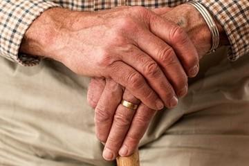 В Казани скончалась 93-летняя вдова ветерана Бибинур Лутфуллина, которой долго не хотели давать новую квартиру