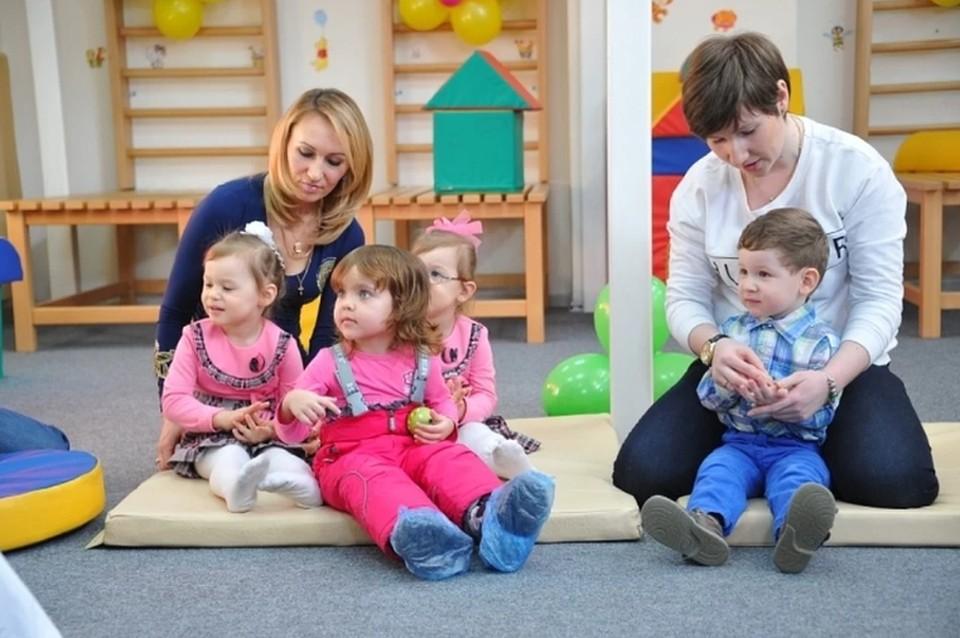 Сейчас в Пермском крае открыты 2032 дежурные группы для 22 209 ребят.