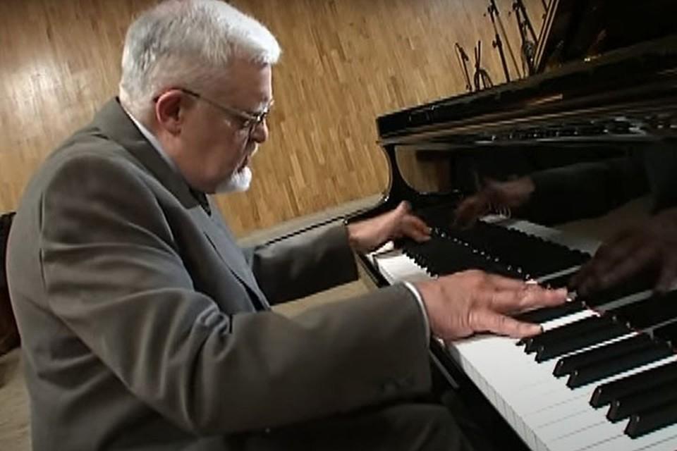 82-летний композитор имел подтверждённый диагноз Covid-19