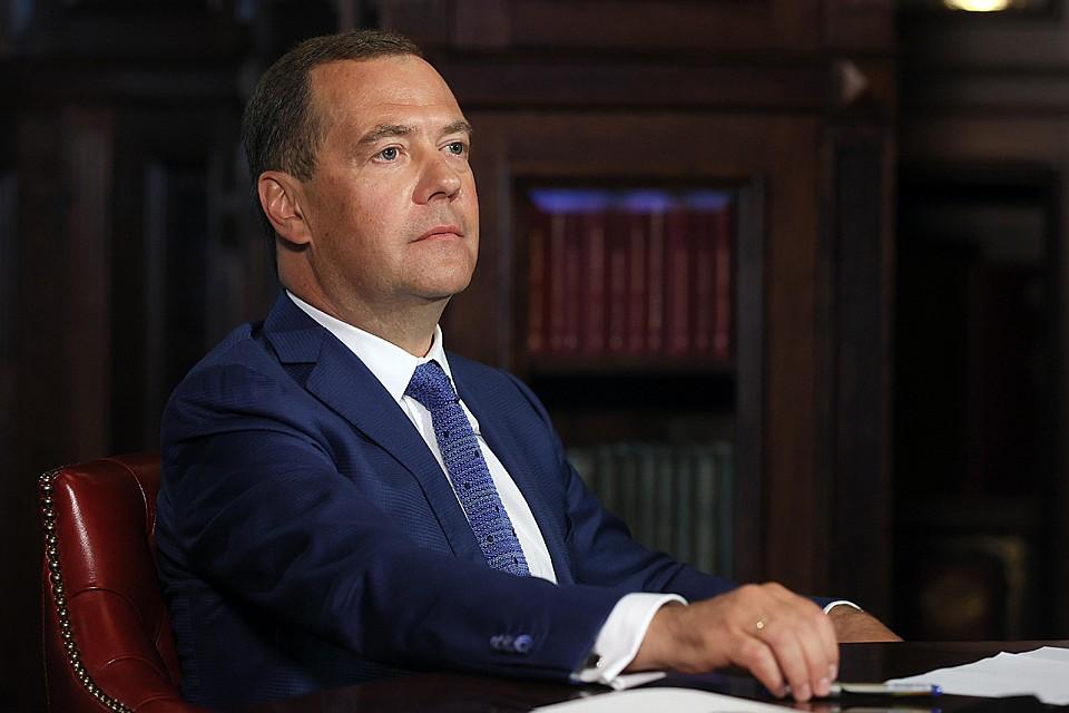 Дмитрий Медведев откровенно ответил на вопросы о работе в правительстве, Путине и своей семье. Фото: Екатерина Штукина