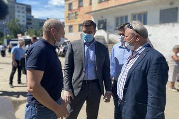 Глеб Никитин встретился с жителями дома на улице Краснодонцев, где произошел взрыв газа