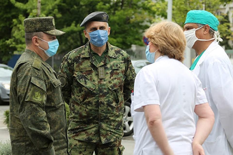 Россия пришла на помощь Италии, перебросив в кратчайшие сроки группу военных медиков с необходимым оборудованием.