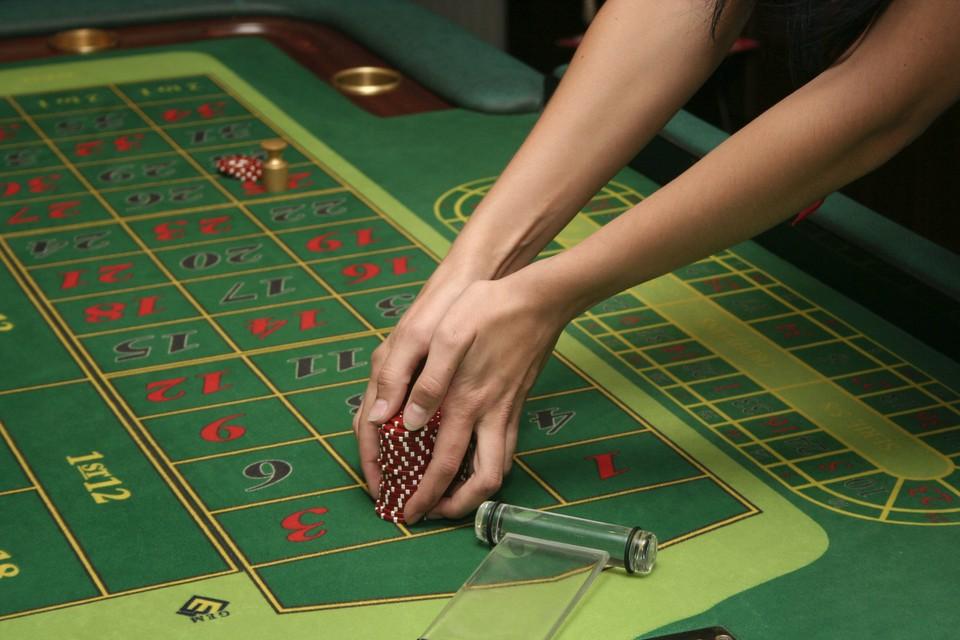 За игровым столом нужно будет соблюдать социальную дистанцию