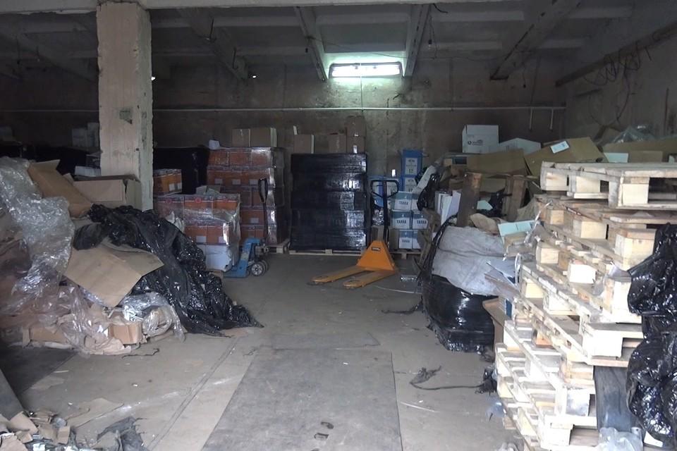 В гараже Липецка обнаружили алкоголь на 8 млн рублей