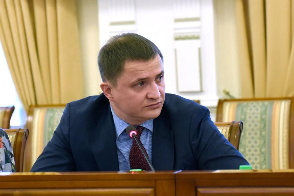 Дмитрий Панычев рассказал о том, как лечат пациентов с коронавирусом. Фото: Правительство Мурманской области