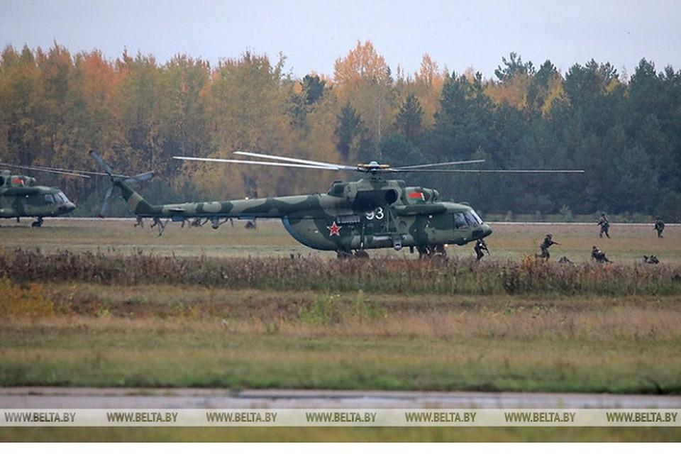 Президент Беларуси совершает рабочую поездку в 5 бригаду спецназа в Марьиной горке. Фото: БелТА.