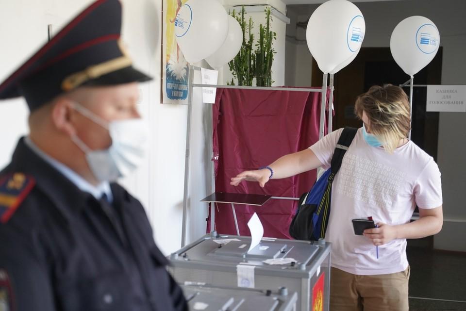 Теперь любые выборы можно будет проводить не один день, как это было раньше, а в течение нескольких, вплоть до трёх.