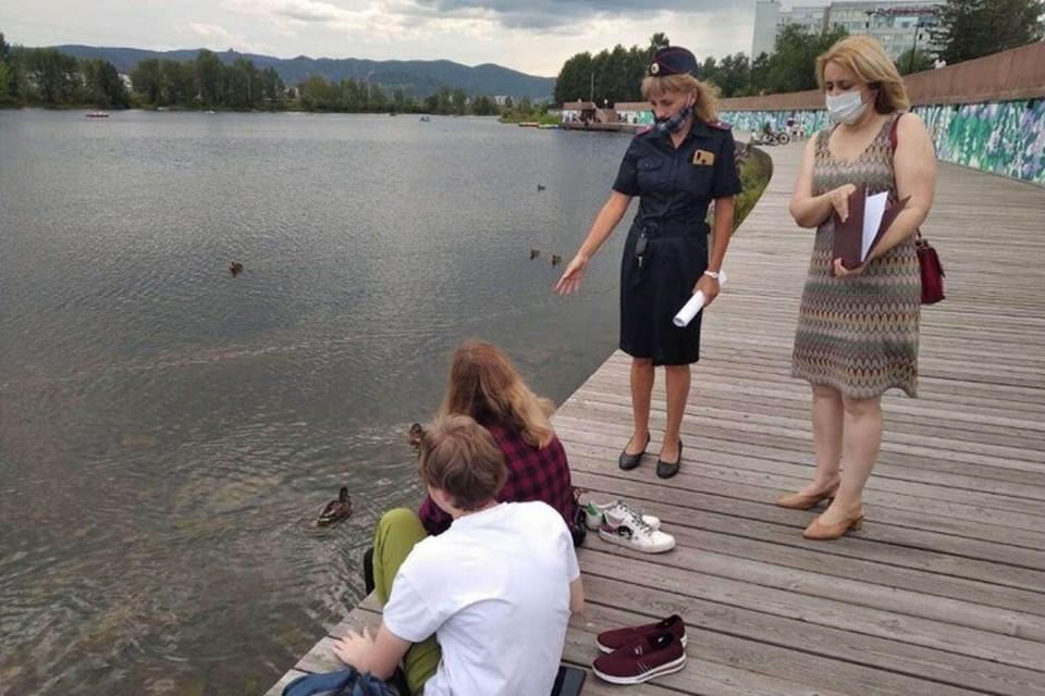 В Красноярске полиция проверяет водоемы и просит покинуть неразрешенные пляжи. Фото: пресс-служба полиции