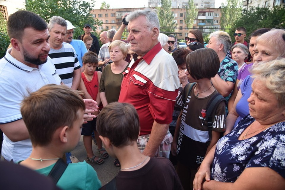 Денис Пушилин ответил на вопросы жителей Тореза. Фото: denis-pushilin.ru
