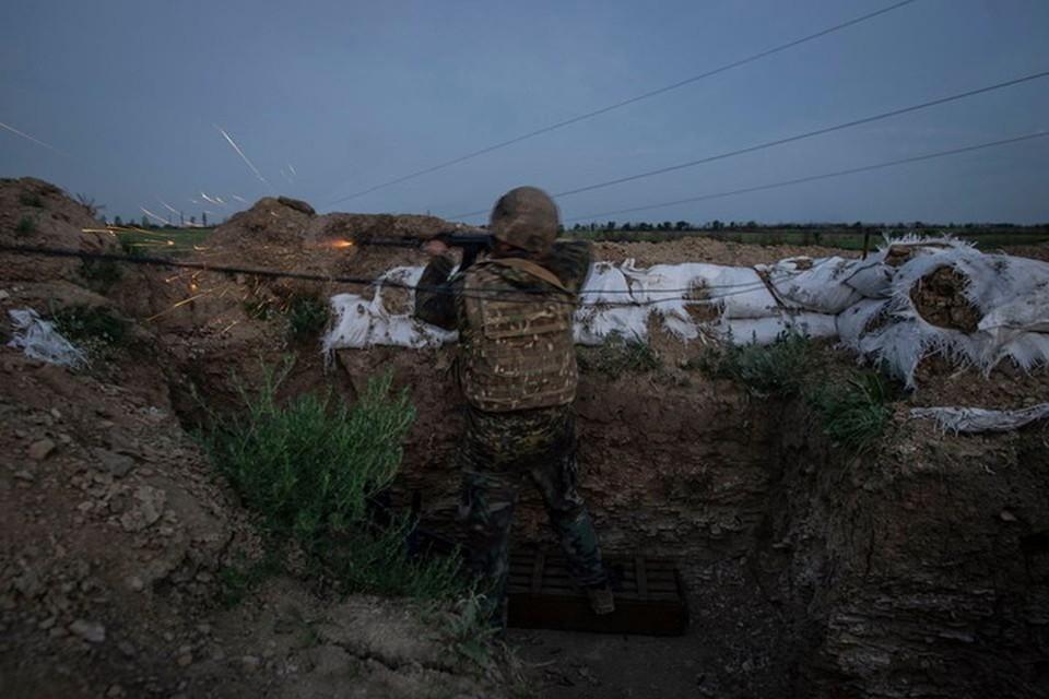 Пьяные десантники устроили стрельбу на передовой. Фото: Фейсбук/93 бригада
