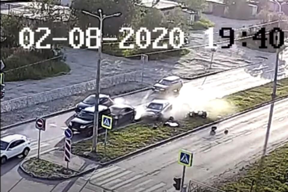 ДТП произошло на перекрестке в районе улицы Строителей. Фото: скрин