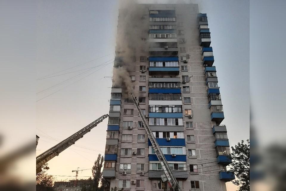 Площадь возгорания составила 10 квадратных метров. Фото: vk.com/rostovnadonu