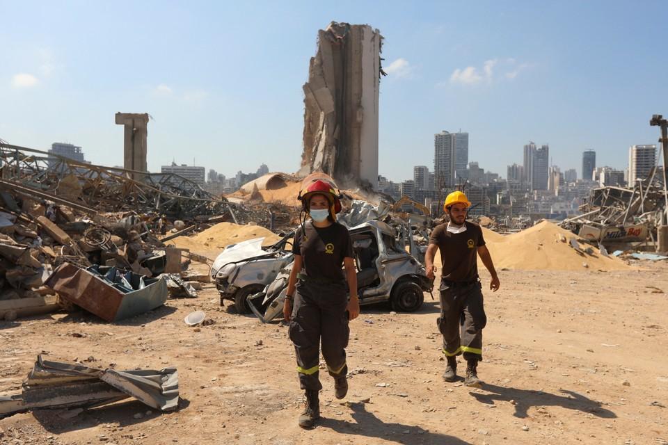 Сильный взрыв в Бейруте превратил строения в каменную крошку.