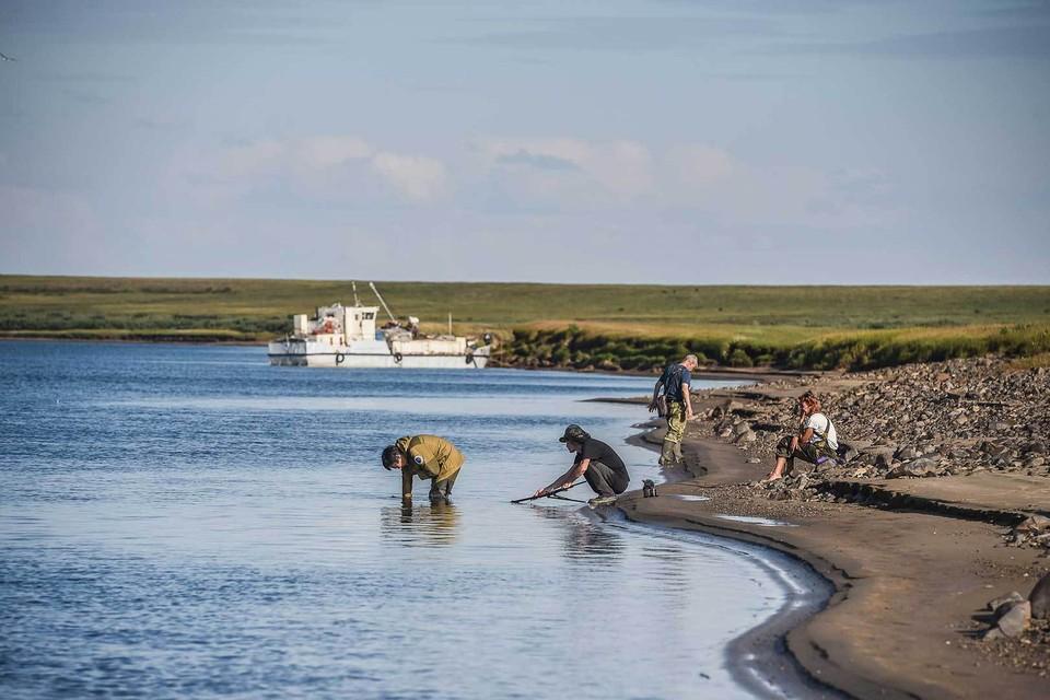 Большая Норильская экспедиция стартовала от района ТЭЦ-3, где находится поврежденный резервуар.