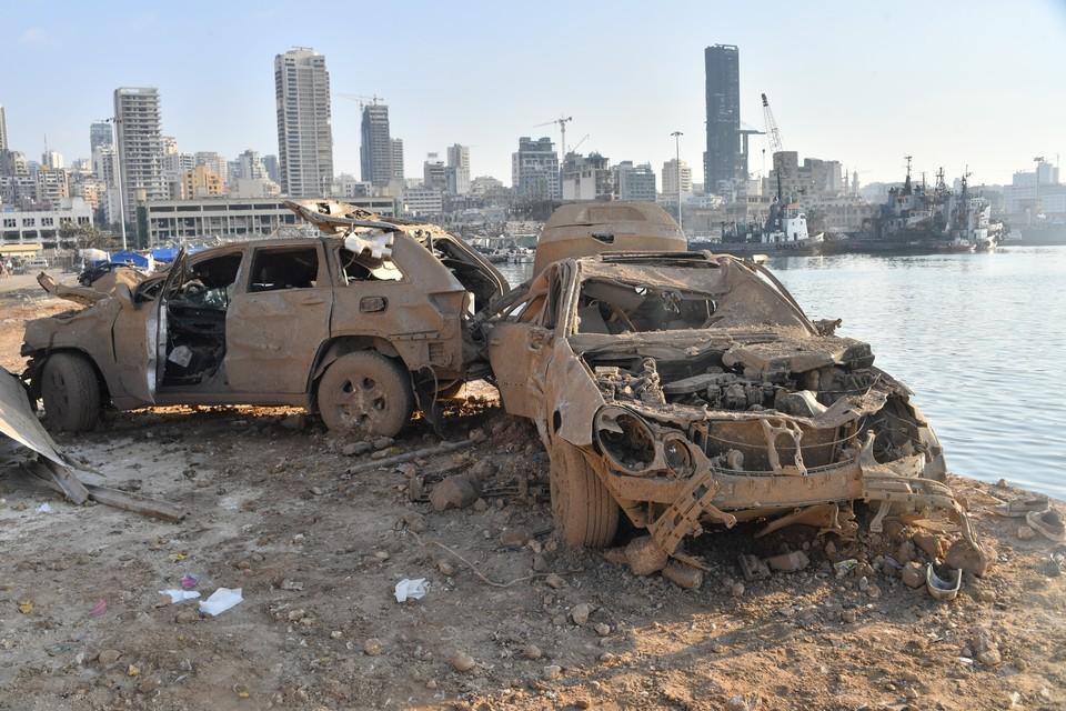 Взрыв прогремел в порту Бейрута 4 августа