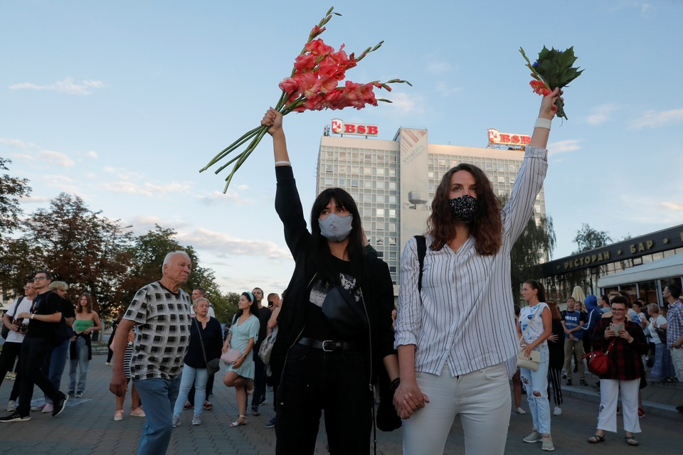 Западные СМИ считают, что белорусский президент не заметил, что его народ изменился за годы правления