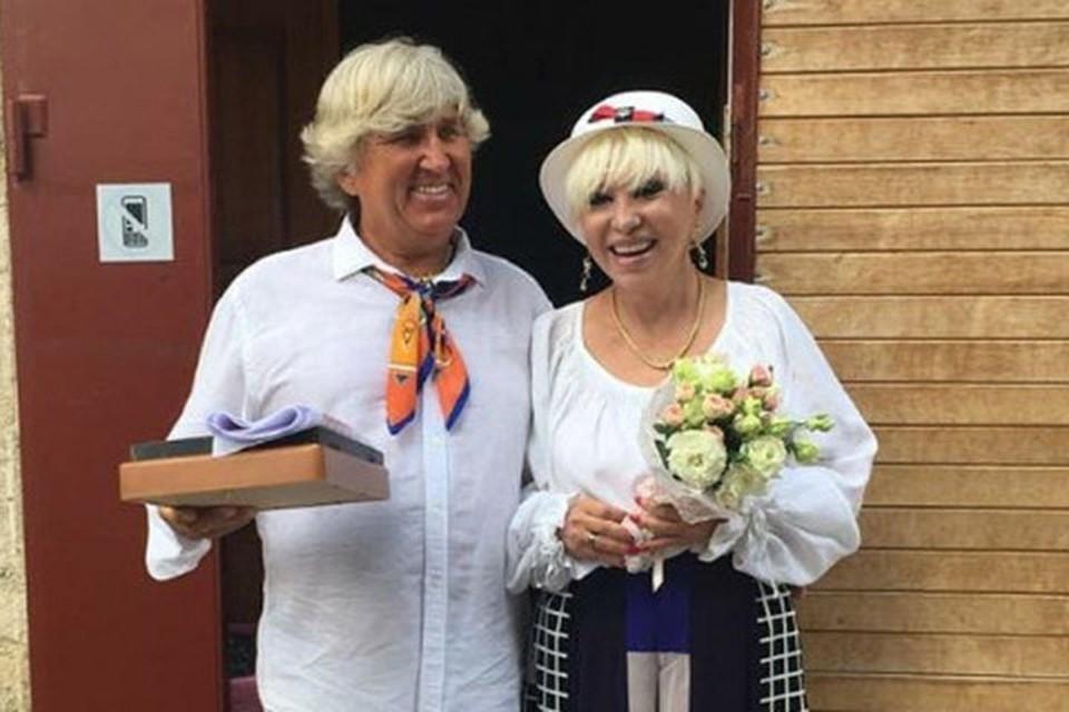 В июле Валентина Легкоступова и Юрий Фирсов обвенчались в Крыму.