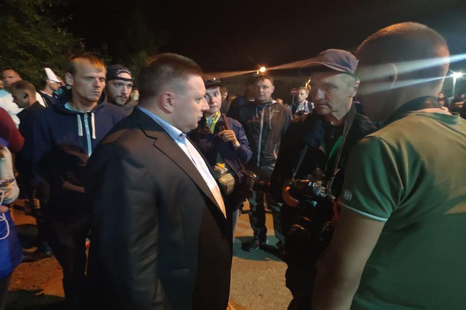 Замглавы МВД Александр Барсуков заявил, что никаких издевательств на Окрестина не было.