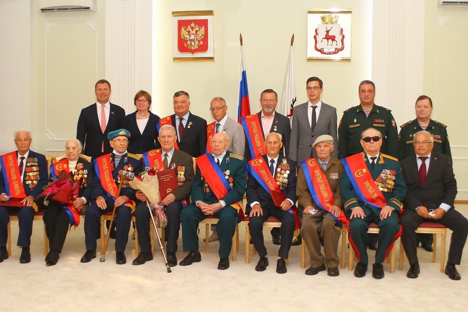 Восемь ветеранов Великой Отечественной войны получили звание почетных граждан Нижнего Новгорода. Фото: Администрация города Нижнего Новгорода