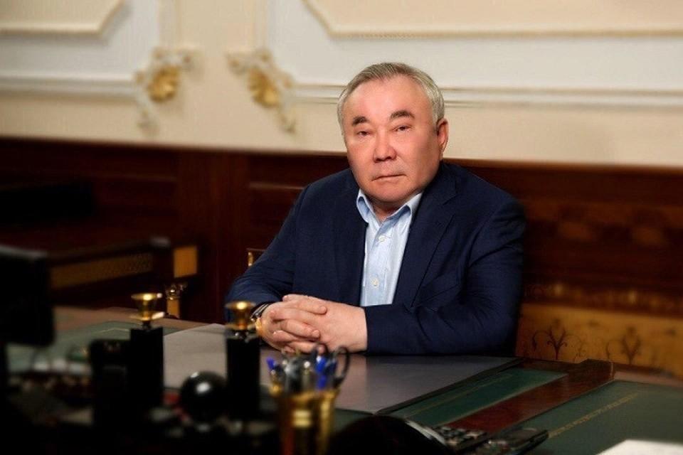 Болат Назарбаев.