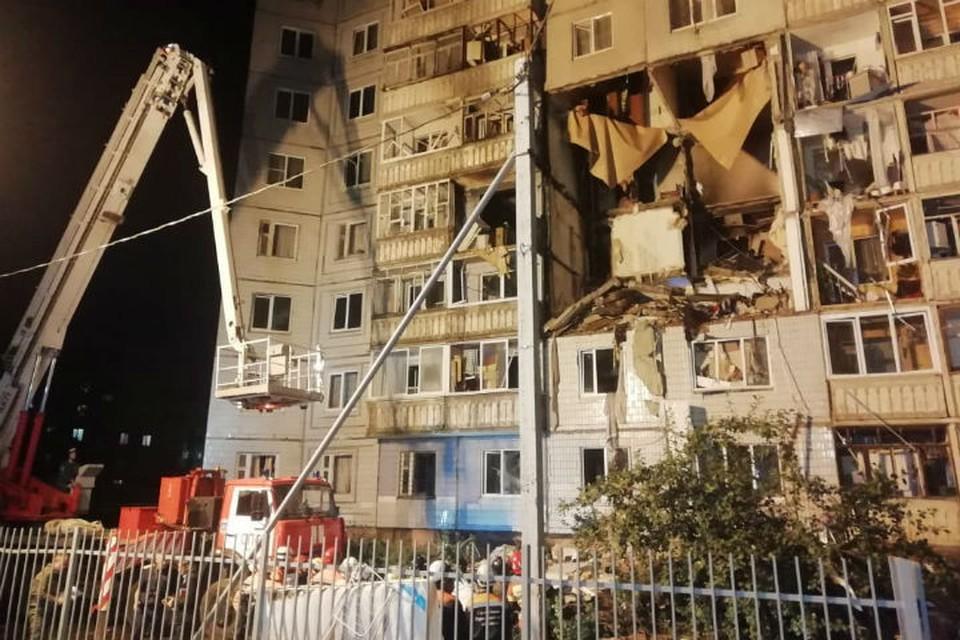 Разрушены перекрытия с 6 по 1 этаж