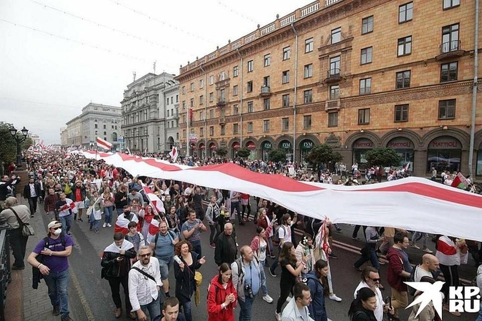 В Минске вновь многотысячные митинги протеста