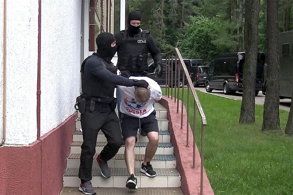 Кадры задержания 33 бывших сотрудников частной военной компании «Вагнер», Минск, 29 июля.