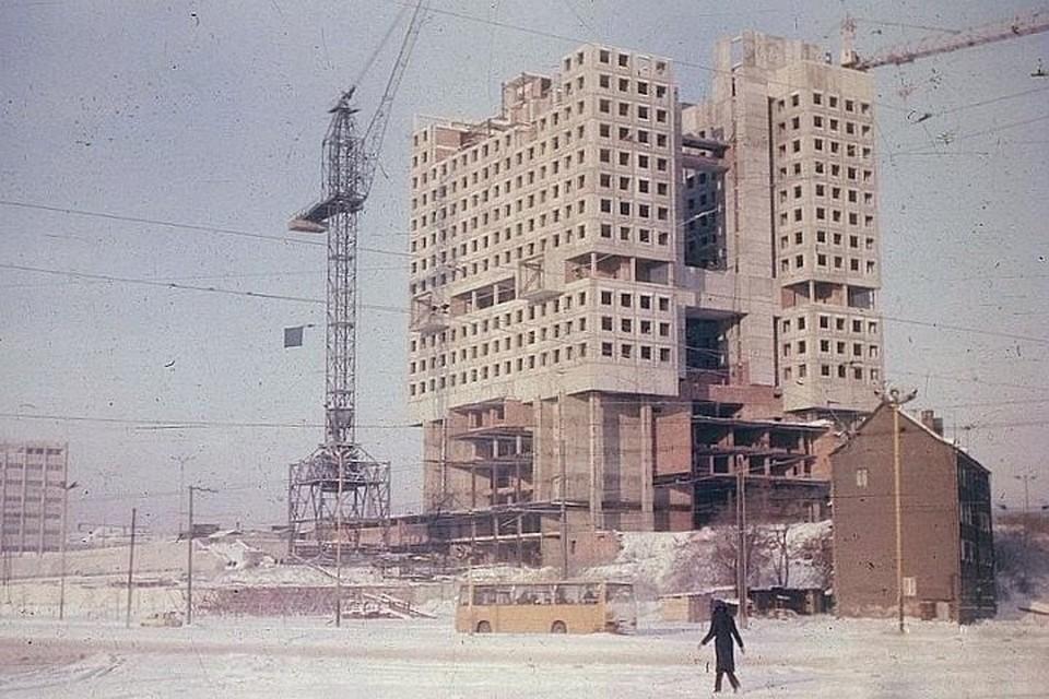 В начале 80-х никто и подумать не мог, что этот объект превратится в недострой.