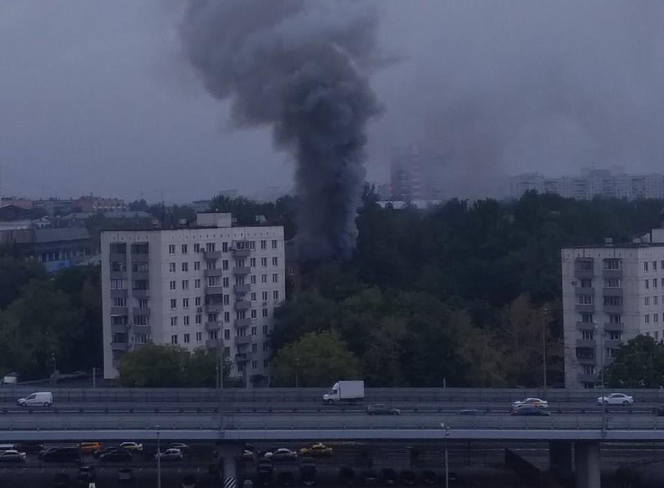 Взрыв прогремел в Москве на улице Кубинка. Фото: соцсети