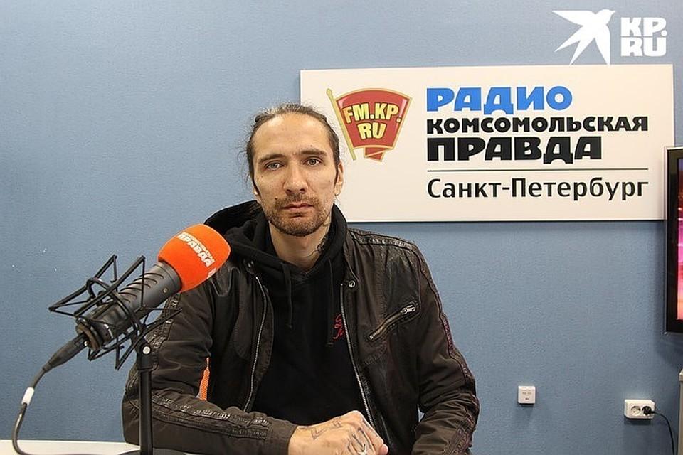 Александр Цой в студии радио Комсомольская Правда в Петербурге», 92.0 FM.