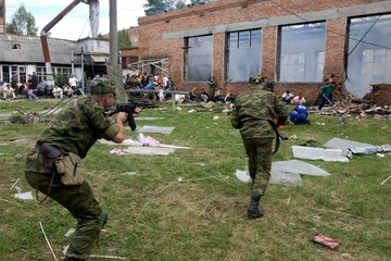 Александр Рогаткин: Смертницы в Беслане взорвались до начала штурма