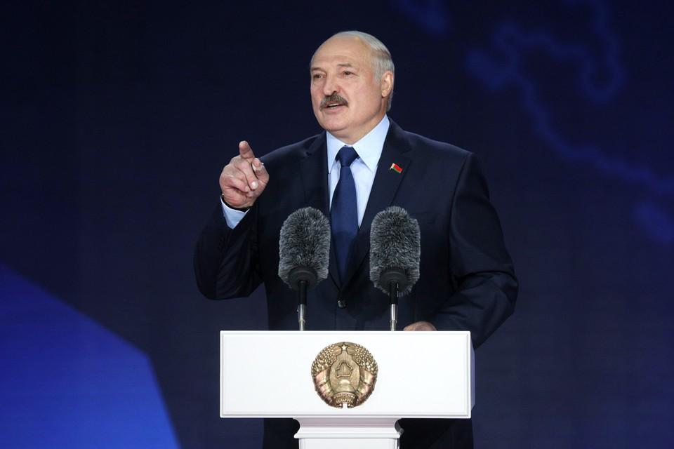 Лукашенко провел встречу с российскими журналистами и ответил на их вопросы