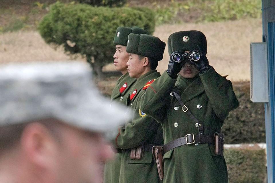 Власти Северной Кореи дали приказ пограничникам стрелять по перебежчикам.