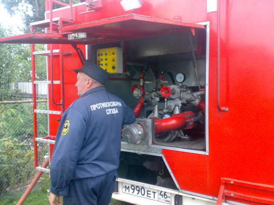 В ликвидации пожара принимали участие 12 человек, пять единиц техники