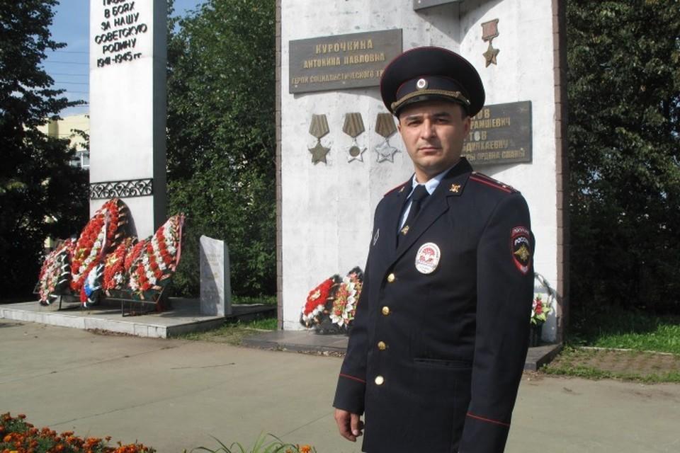 На счету лейтенанта полиции из Барды Ильнура Газизова несколько спасенных жизней. Фото: ГУ МВД России по Пермскому краю.