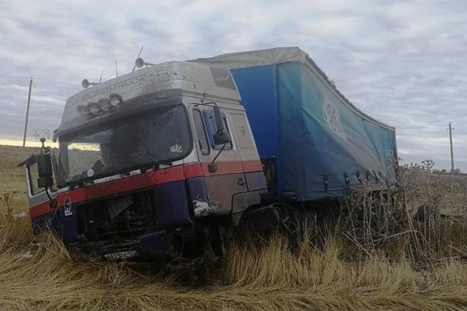 Еще двое получили травмы. Фото: отдел пропаганды УГИБДД по Ростовской области.