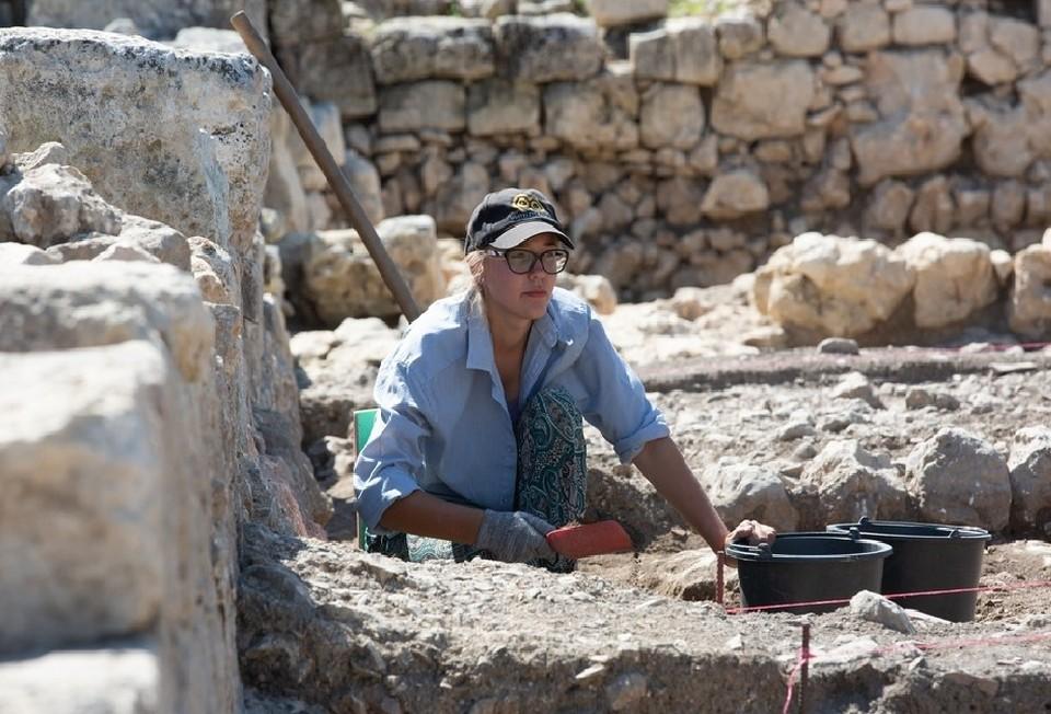Позднее начало раскопок не повлияло на результат работы археологов. Фото: Пресс-служба КФУ