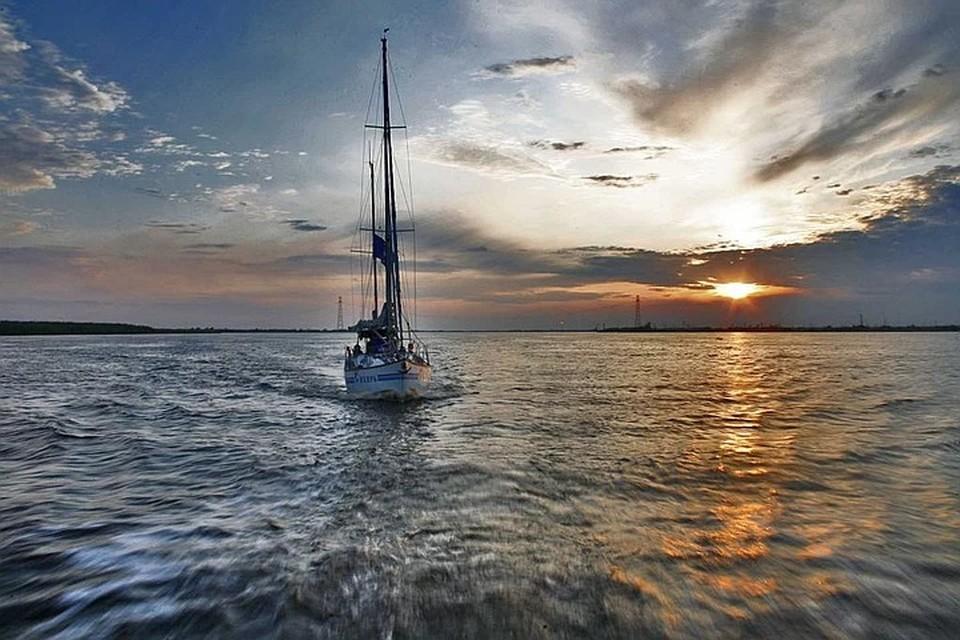 Пять мировых рекордов: российский мореплаватель отправляется в кругосветное путешествие вокруг полюсов планеты