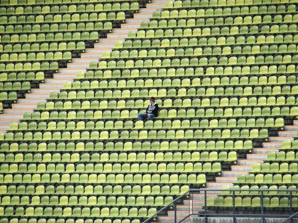 На Смоленщине разрешили спортивные мероприятия со зрителями
