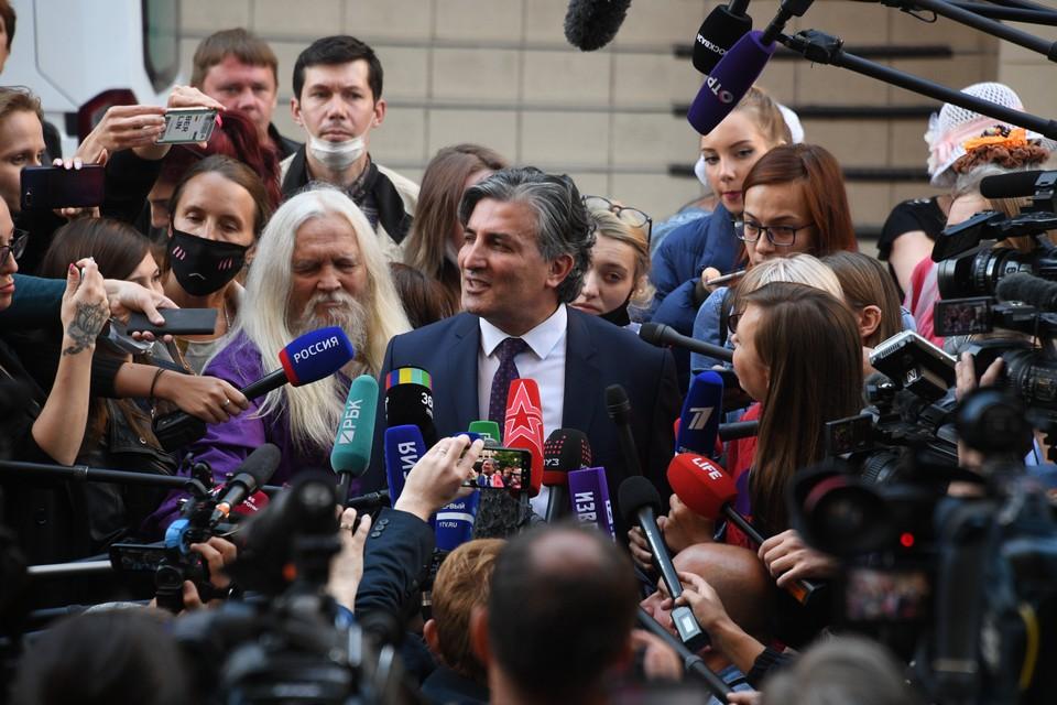 Лишенный статуса адвокат Пашаев сможет вернуться к работе через год