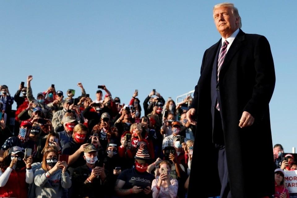 Президент США Дональд Трамп на предвыборном митинге в штате Миннесота