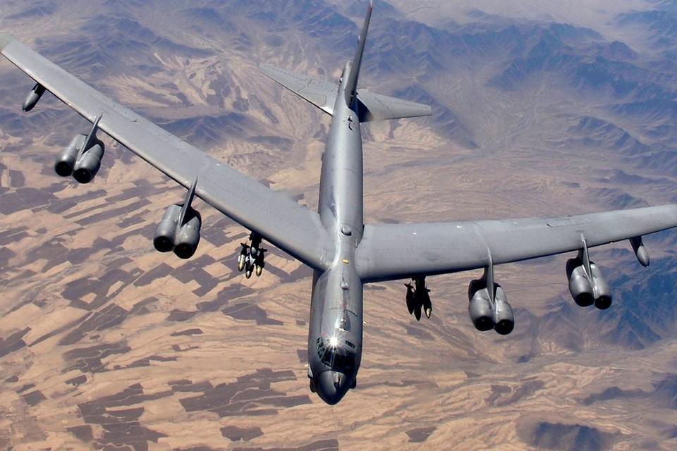 """""""Авиационный ястреб"""" пишет: """"Чтобы совершить успешный прорыв систем ПВО Калининграда, США в современной обстановке необходимо 225 бомбардировщиков, однако на вооружении в настоящее время находятся только 140 самолетов..."""""""