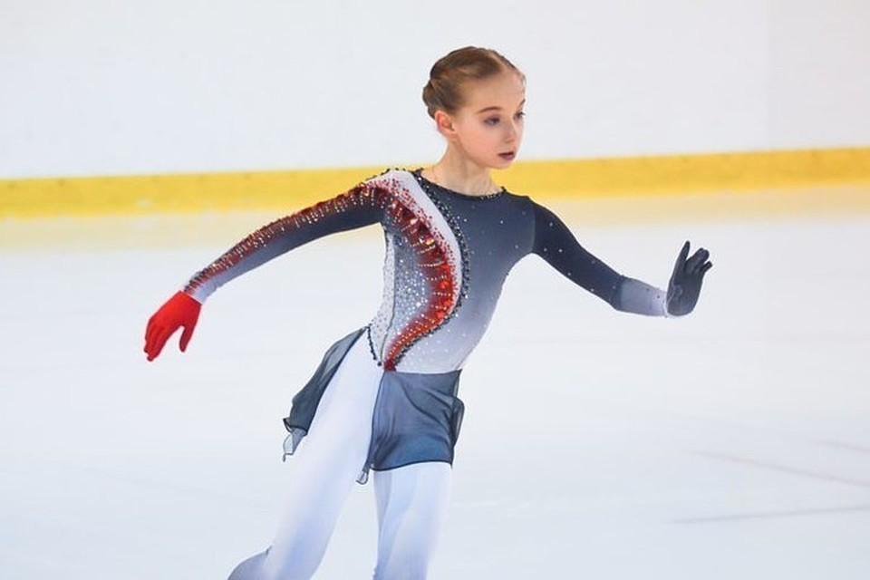 В Йошкар-Оле нет тренера для подготовки спортсменов высшего спортивного мастерства, поэтому 12-летняя Дарья вынуждена ездить на тренировки и в Москву. Фото: Федерация фигурного катания на коньках республики Марий Эл