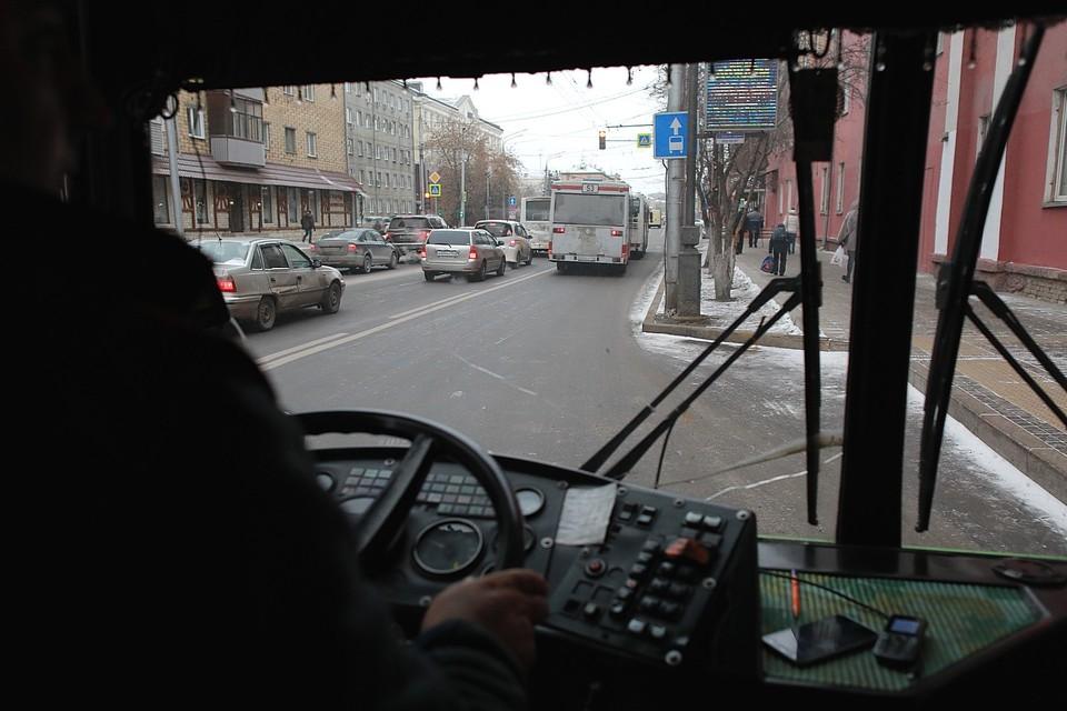 Для водителей большегрузов вводятся ограничения