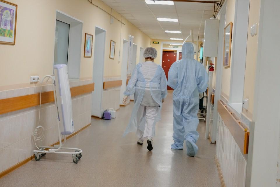 Еще 23 тысячи петербуржцев обследованы на коронавирус за сутки